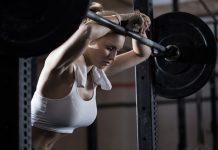 Ein Schlafmangel beeinträchtigt Kraftsportler mehr mental als körperlich