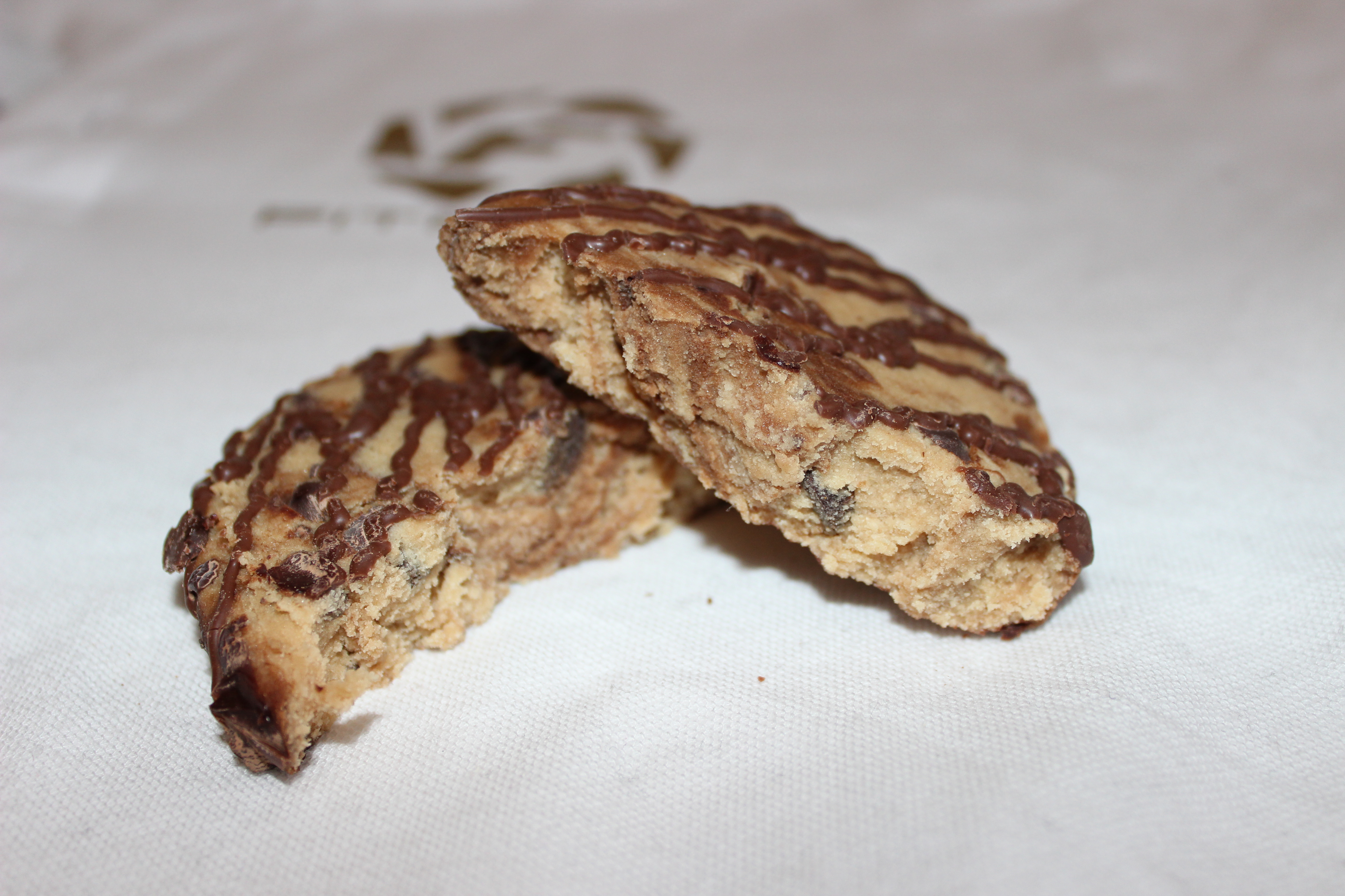 Quest Protein Bar Chocolate Chip Cookie Dough Review
